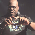 Carl Cox explains his DJ set-up and mixing techniques in demo video