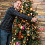 "Armin Van Buuren just released a Christmas version for""Sunny Days""!"