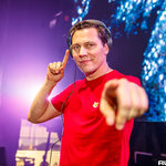 Tiësto Teases New Collaboration With Twitter Video [WATCH]