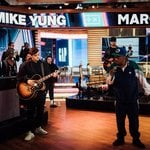 Martin Garrix and MIKE YUNG perform their new single 'Dreamer' on Good Morning America!